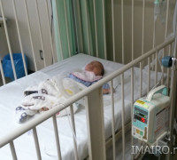 病院のベット…